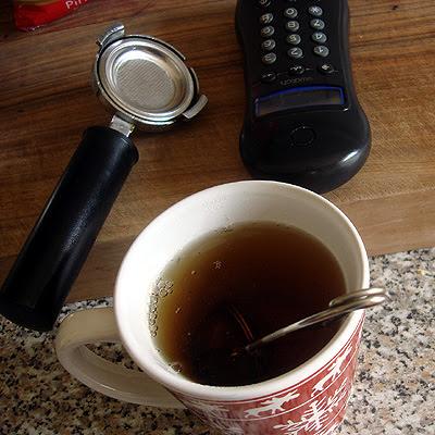 Tee und Telefon