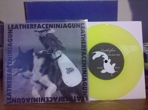 "I can upload to Flickr again: Leatherface / Ninja Gun Split Tour 7"" by factportugal"