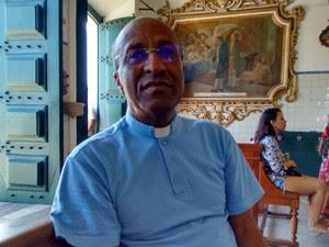 Padre Edson, reitor da Basílica do Senhor do Bonfim (Foto: Maiana Belo/G1 BA)