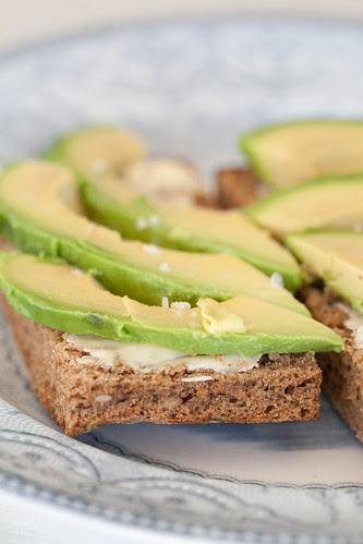 Avocado on rye bread / Avokaadovõileib