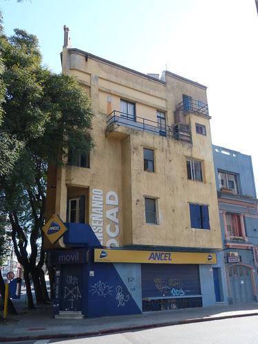 Bulevar España 2299, Montevideo