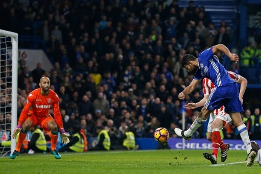 Chelsea equals club record with 13 wins in a roll,  beat stoke 4-2