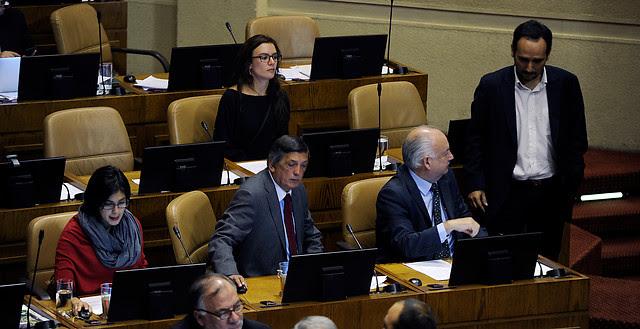 bancada parlamentaria