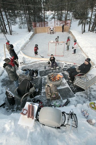 winter-skating-party