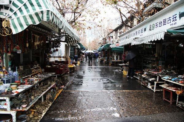 시간이 멈춘 상하이, 동타이루 골동품 시장