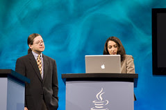 """Nandini Ramani and Jonathan Schwartz, General Session """"Java: Change (Y)Our World"""" on June 2, JavaOne 2009 San Francisco"""