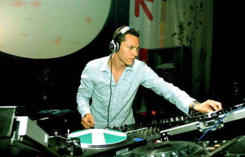 DJ Tiesto – Club Life 392 (05-10-2014) 1 hora de música!! #ClubLife392