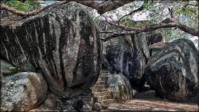 Пещерный храм в Ятагале. Шри-Ланка/3673959_4 (700x395, 85Kb)