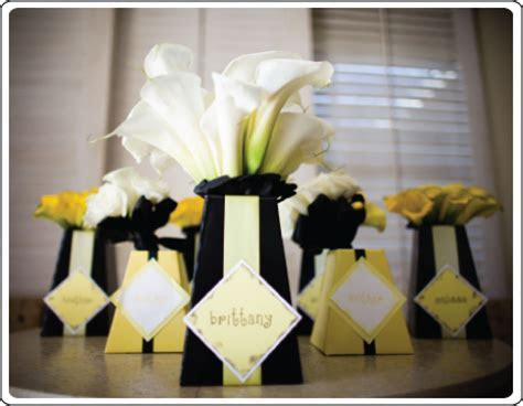 black white and yellow   Ideas in blume