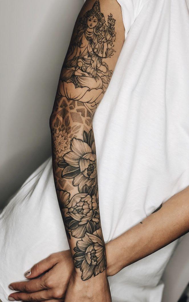 Tattoo Damen Arm