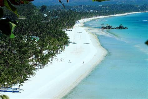 Boracay Beach Resort is the Word?s Best Island