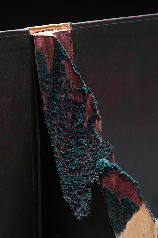 guy-laramee-onde-eles-moram-where-they-live-book-carving-art-designboom-003