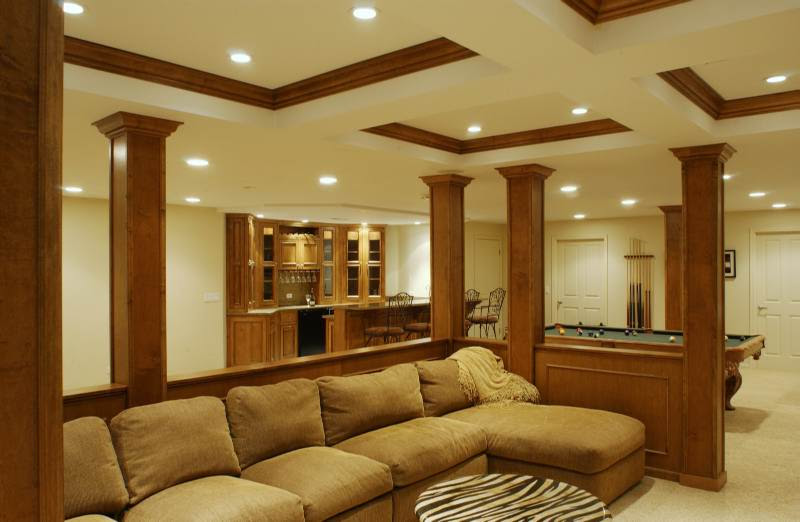 Basement Columns With Pool Table