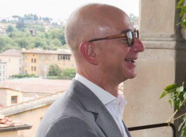Executivo da Amazon supera Bill Gates e se torna homem mais rico do mundo