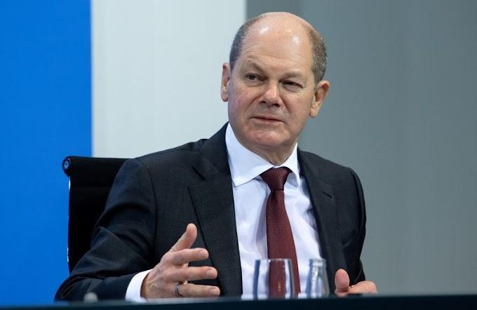 El ministro de finanzas alemán advierte que la austeridad no es el camino para superar la crisis