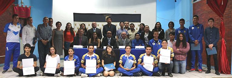 entrega-reconocimientos-estudiantes-asesores-cnms-universidad-guanajuato-ug-ugto