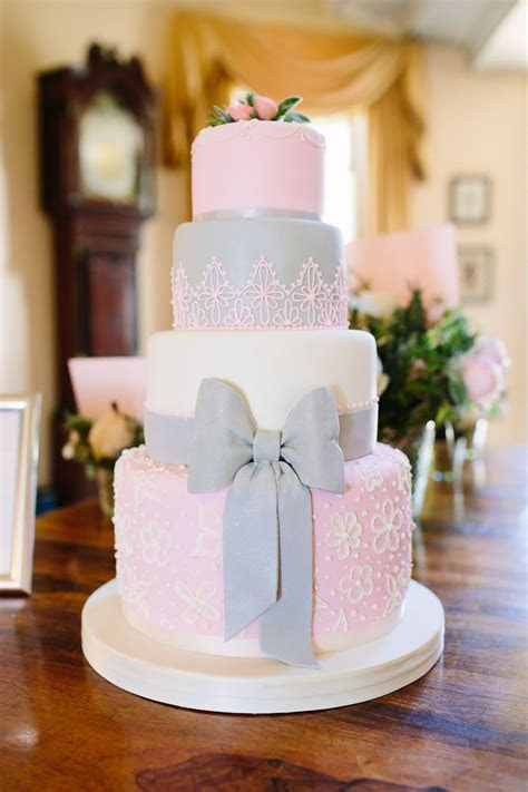 17 Best ideas about Pink Wedding Cakes on Pinterest   Pink