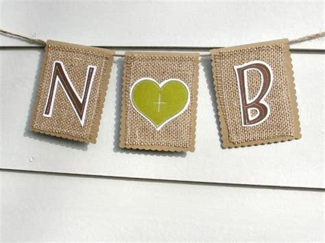 Burlap Decor for Your Rustic Chic Wedding   OneWed