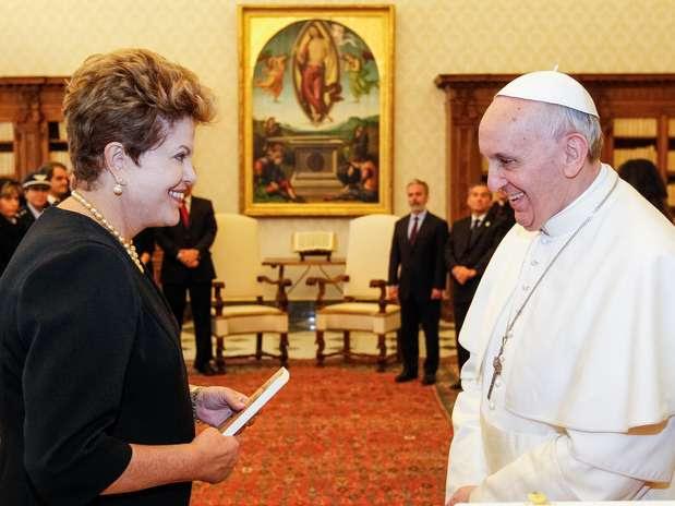 O papa Francisco recebe a presidente brasileira no Vaticano Foto: Roberto Stuckert Filho / Agência Brasil