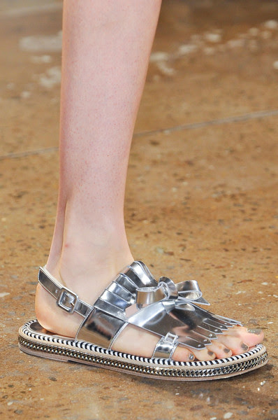 Metallic Fringed Flats