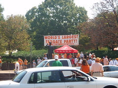 world's largest tailgate party
