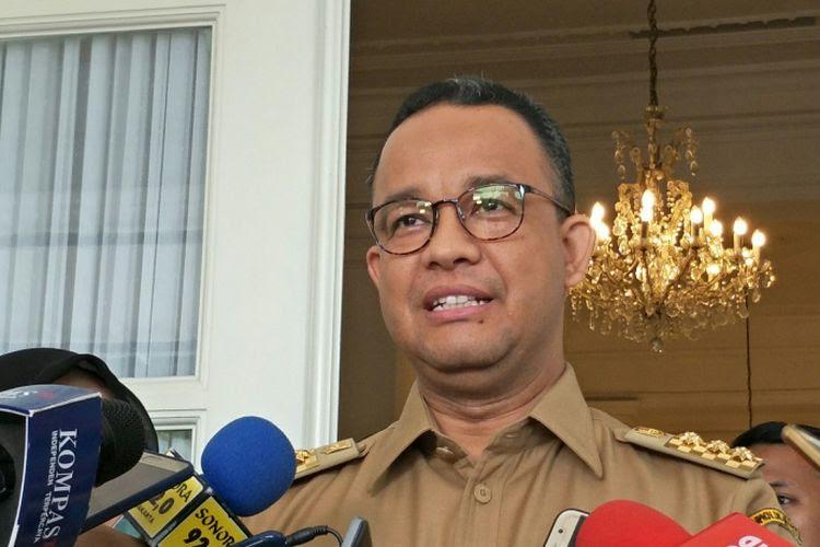 Gubernur DKI Jakarta Anies Baswedan di Balai Kota DKI Jakarta, Jalan Medan Merdeka Selatan, Senin (27/11/2017).