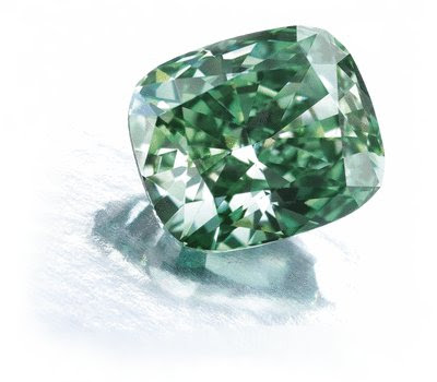 2.52 quilates Fancy Vivid Green Diamond vendió en Sotheby