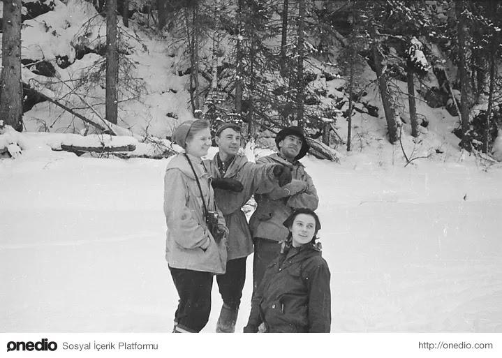 12-) Dyatlov'un Kamerasından, Lozva Nehri Kıyısı 1959