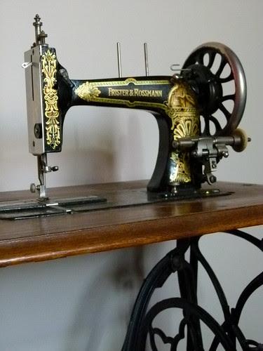 Frister und Rossmann Nähmaschine