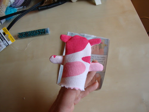 back of finger puppet pig