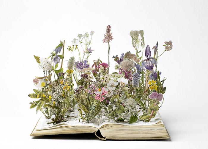 esculturas-iluminadas-libros-viejos-moradas-su-blackwell (1)