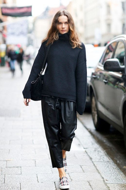 Le Fashion Blog Blogger Style Chunky Turtleneck Sweater Cropped Leather Pants Tartan Slip On Sneakers Via Carolines Mode