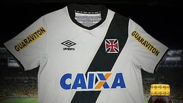 Guaraviton estampa mangas da camisa do Vasco