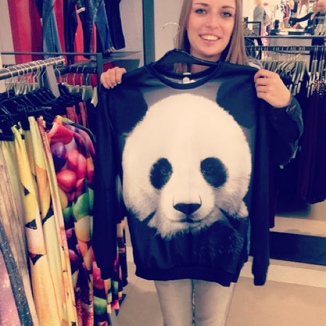 Panda pandabear cute sweater amsterdam mr gugu awesome fashion blogger turn it inside out instagram bijenkorf