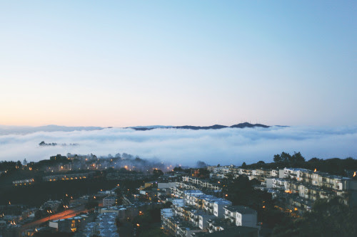 kianamccourt:San Francisco from atop Twin Peaks on the first sunrise of Autumn