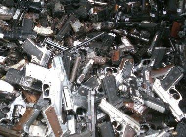 Entrega voluntária de armas aumenta 60% no final de ano; Bahia é vice-líder