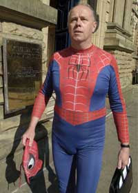 Homem Aranha preso