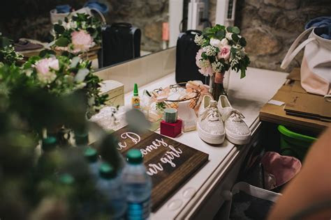 Wedding Emergency Kit  10 Things You NEED!   Castle Farms