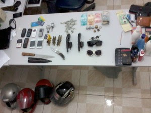 PM apreendeu armas, munições e droga em Pedro Velho (Foto: Divulgação/Polícia Civil)