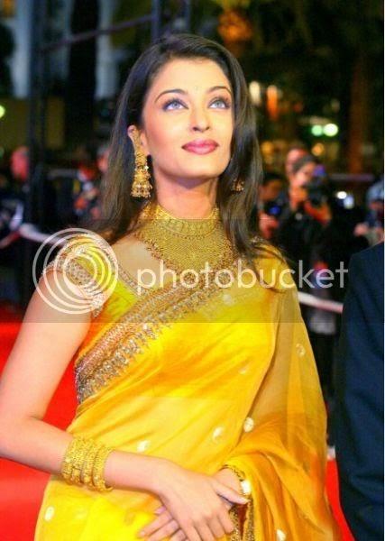 Aishwarya Rai Cannes Journey Photos  World Of Celebrity-3312