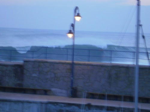 Mundaka Bizkaia Basque Country País Vasco olas surf surfing waves surfboard swell playa beach sea mar oceano ocean arena
