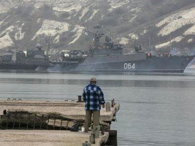 Reuters: Ρωσικά πλοία έχουν αποκλείσει τα στενά του Κερτς
