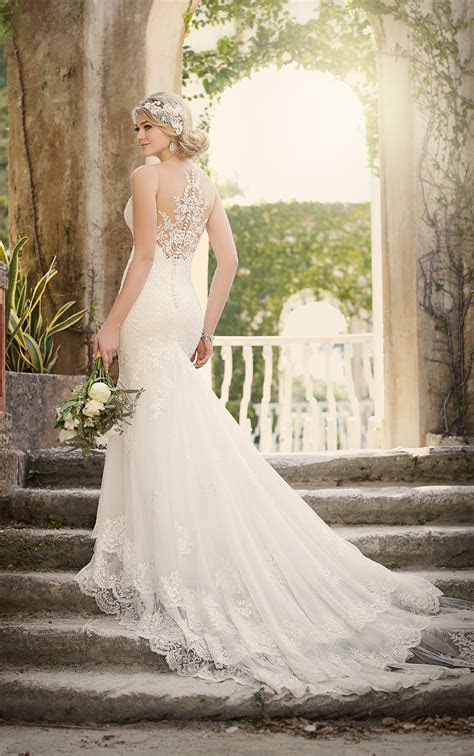 Wedding Dresses   Vintage Fit and Flare Wedding Dress With