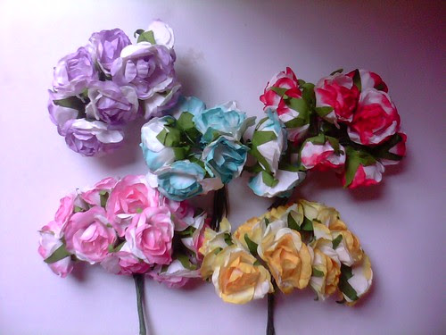 Paper Flowers! Which color do you want partner?