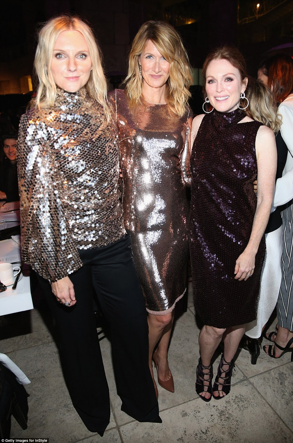 Tudo o que reluz: editor-chefe Laura Brown cosied a atores Julianne Moore e Laura Dern