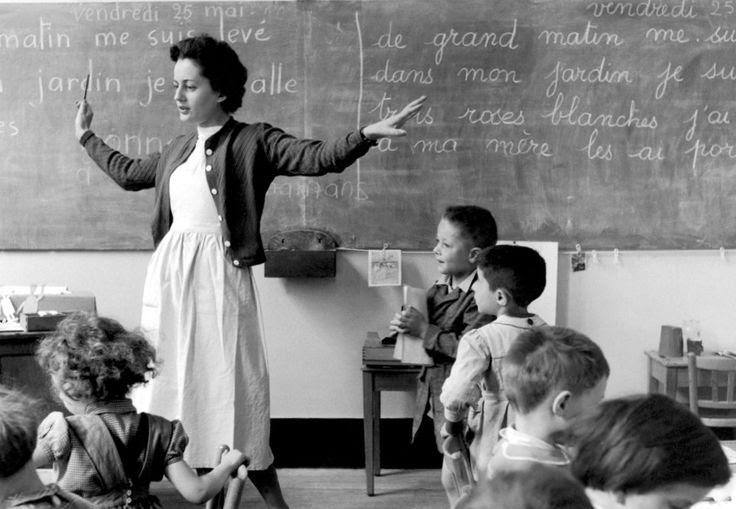 Paris 1956-The school teacher - Grand afternoon in my garden! Robert Doisneau