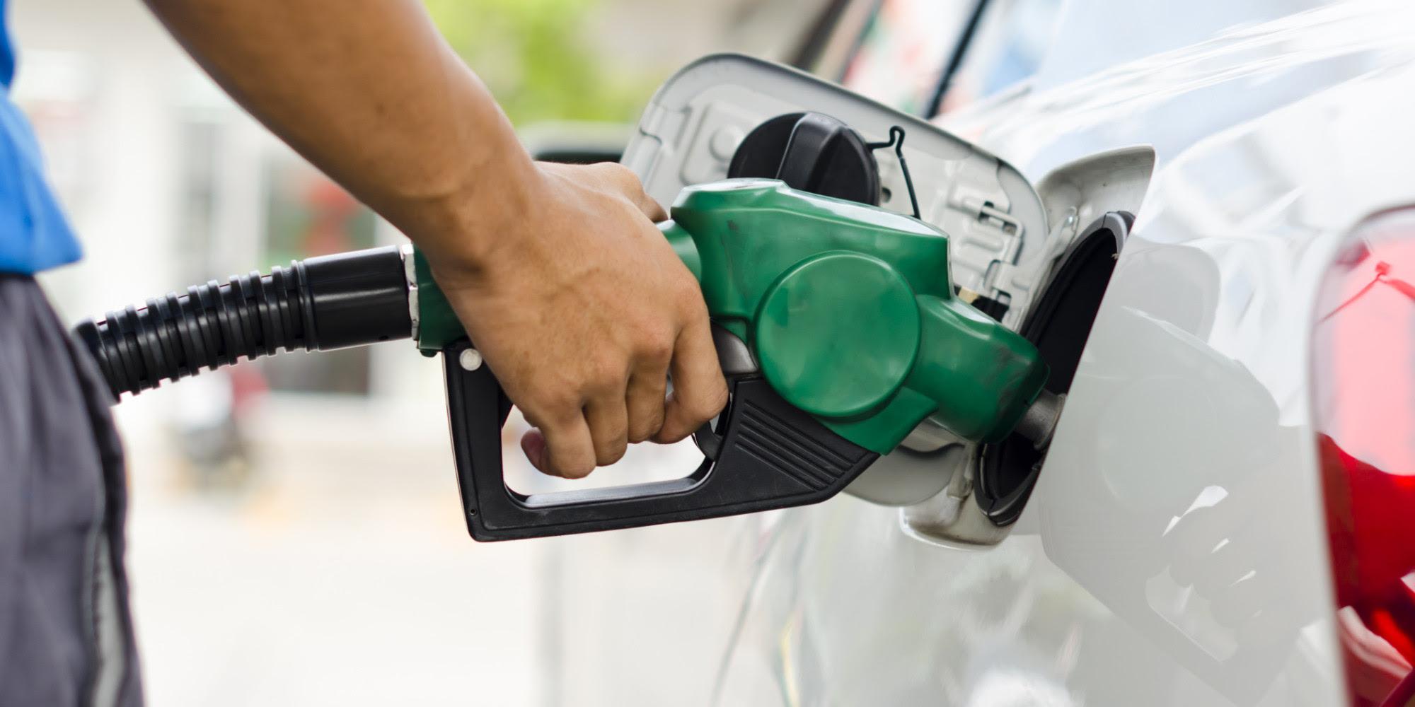 Resultado de imagem para foto de gasolina