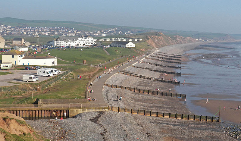 File:St Bees seacote beach promenade.jpg