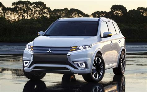 mitsubishi outlander suv review auto car update