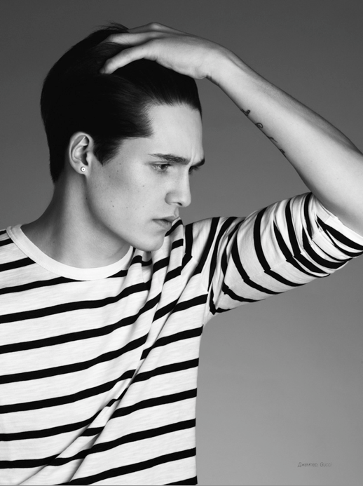 25 Stylish Hot Guys In Stripes -- Arthur Daniyarov -- Earring -- Mens Style -- Via L'Officiel Hommes photo 3-25-Stylish-Hot-Guys-In-Stripes-Arthur-Daniyarov-Earring-Mens-Style-Via-LOfficiel-Hommes.png
